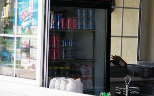 In Reifnitz wird das Entenfutter beim Kiosk dafür gleich mitverkauft - da lässt sich niemand ein Geschäft entgehen.