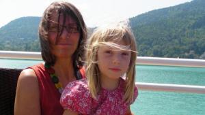 Juliane und Karolin am Wörthersee Schiff